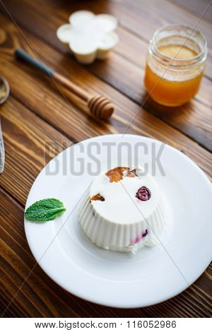 curd jelly with fruit filling