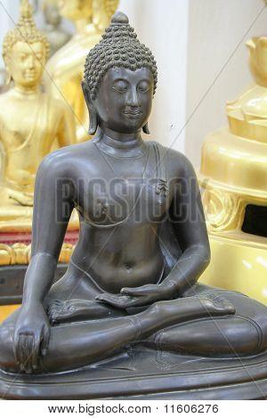 Buddha Staute.