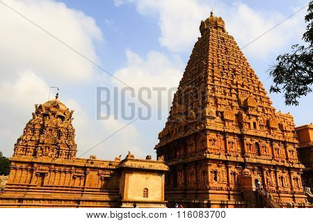THANJAVUR January 25 2016: Corner view of gigantic main gopuram of Brihadeeshwara temple, Thanjavur