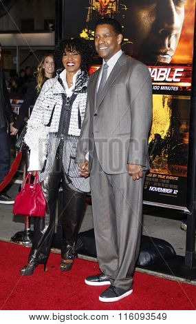 Pauletta Washington and Denzel Washington at the Los Angeles Premiere of