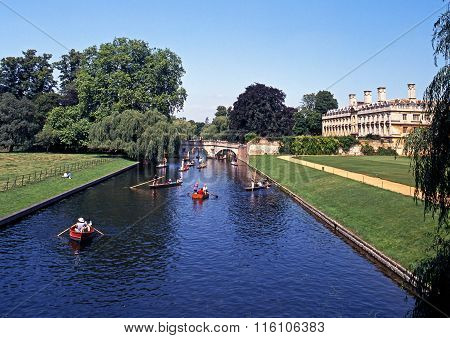 Kings College and River Cam, Cambridge.