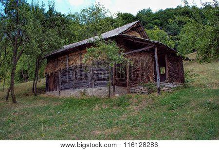 Haystack shelter