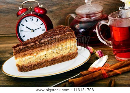 Homemade Cakes: Poppy Filling Cake on Plate