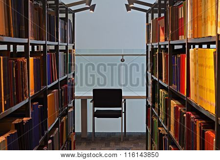 LIVERPOOL UK 16TH JAN 2016. Shelves Full Of Books In A Modern Library