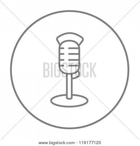Retro microphone line icon.