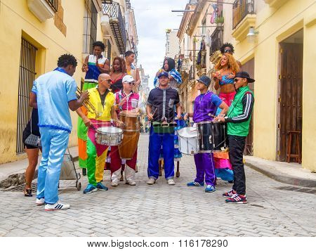 HAVANA,CUBA- JANUARY 24,2016 : Musicians and street dancers in Old Havana