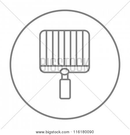 Empty barbecue grill grate line icon.
