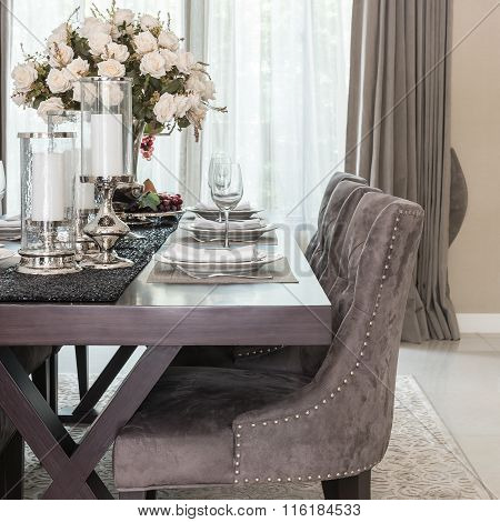 Luxury Dinning Room With Wooden Table And Classic Style Chair