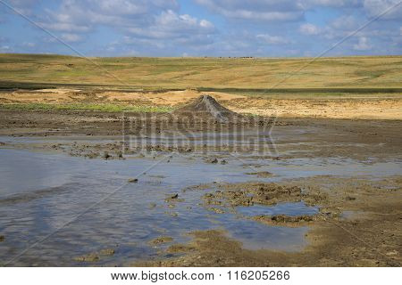 The eruption of mud volcanoes in the steppe