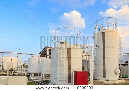 Di Water And Oil Tank For Factory