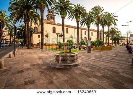 Square with fountain near the church in La Laguna