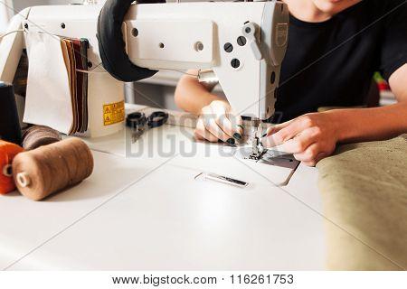 Seamstress Put Thread In Needle