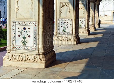 Inlaid Marble, Columns And Arches, Hall Of Private Audience Or Diwan I Khas At  Red Fort In Delhi, I