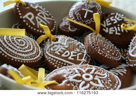Easter Gingerbreads With White Sugar Decoration