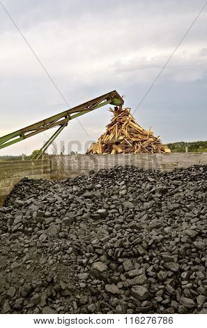 Coal and firewood as energy sources