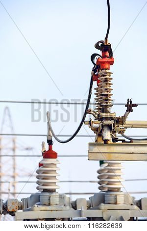 High voltage electric power