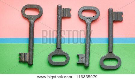 Symmetrically Arranged Keys