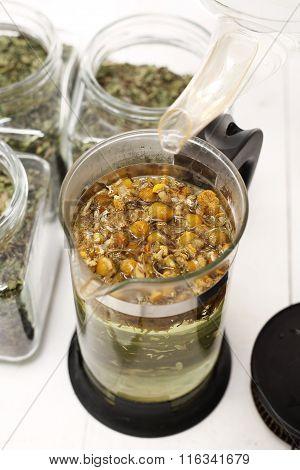Chamomile infusion of chamomile.