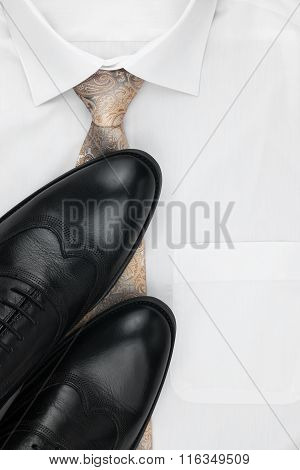 Classic Mens Shoes, Tie On A White Shirt