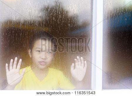 Bon Inside Window