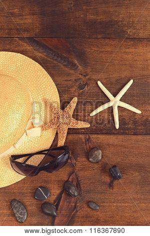 summer background with women beach hat