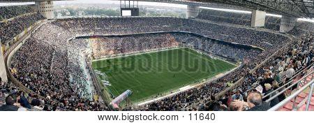 Meazza-Stadion