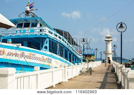 KOH CHANG, THAILAND - JAN 30, 2016: Tourist boat at the pier in Bang Bao fishing village (most touristic on the Island) From the pier of Bang Bao daily boats for excursions (500-1000 baht per person).