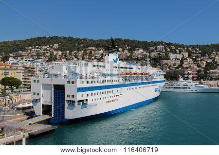 Liner In Port De Nice.