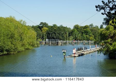 Caversham Lock On The River Thames At Reading