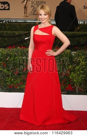 LOS ANGELES - JAN 30:  Melissa Rauch at the 22nd Screen Actors Guild Awards at the Shrine Auditorium on January 30, 2016 in Los Angeles, CA