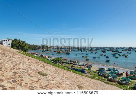 Fishing Village Are Nestled Between Turquoise Beaches That Line The Eastern Coast Of Mui Ne,vietnam.