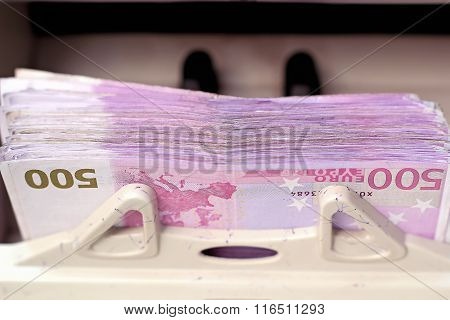 Electronic Money Counter Processing Euro 500 Bills