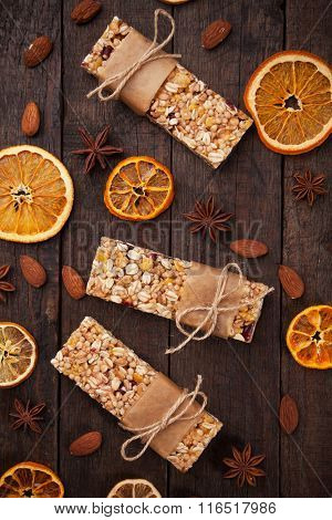 Cereal granola bar with dried fruit