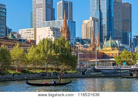 Melbourne romantic gondola ride