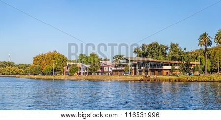 Melbourne Boathouse on the riverbank