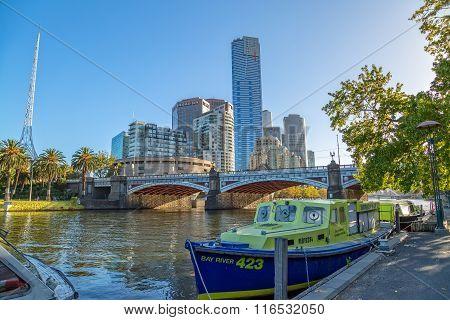 Melbourne Princes bridge cityscape