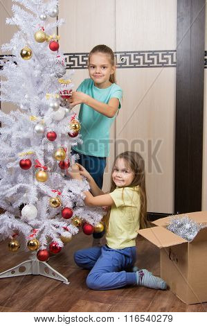 Funny Girl Remove Christmas Decorations With Christmas Tree