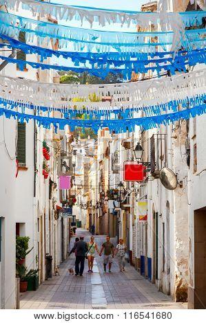 Tossa de Mar. The traditional city street.