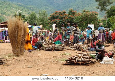 Local People On The Market In The Town Of Jinka, Ethiopia