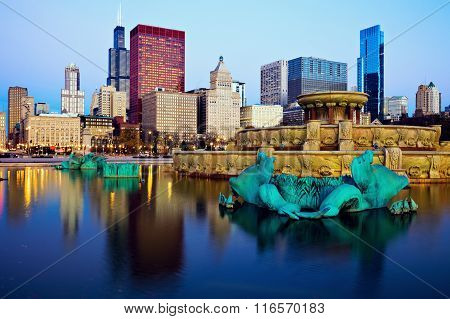 Chicago Skyline Reflected In Buckingham Fountain