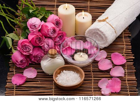 Set of rose with spa set on mat