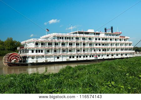 River Boat In Vicksburg