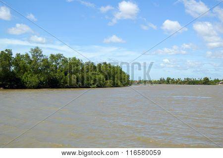 Bangprakong river