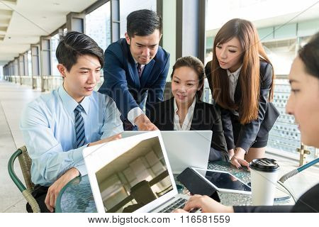 Group of business people discuss about project planning