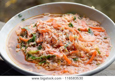 spicy noodles Thailand healthy food