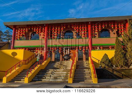 Building in  Cham Shan Temple in Toront