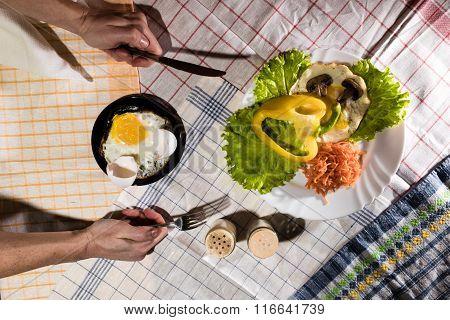 Breakfast On Plaid Napkins