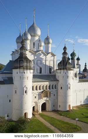 Church of the Resurrection august evening. Kremlin of Rostov the Great