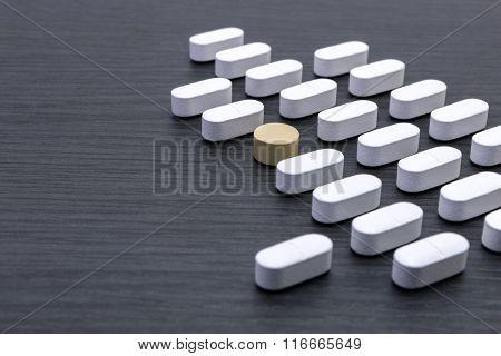 Aligned White Pills