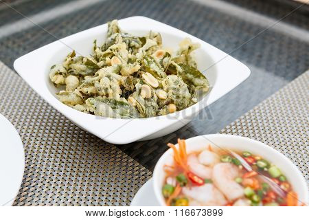 Green Tea Glory With Shrimp Salad